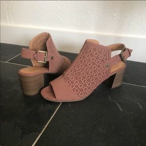 Tommy Hilfiger Shoes - 💐TH Laser Cut Heels👒